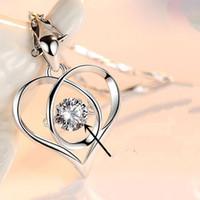 coeur pendentif coréen achat en gros de-Nouveau coeur série pendentif coréen en forme de coeur battement de coeur collier femmes clavicule chaîne