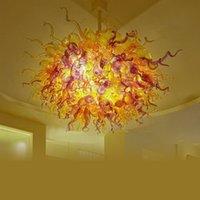 hoja de oro de china al por mayor-Lámpara colgante de araña de cristal de Murano roja China Salida de fábrica Vidrio soplado a mano Hojas Lámpara suspendida en marco dorado Sala de estar Dormitorio