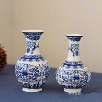 decoração de cerâmica azul venda por atacado-2 PÇS / SET Jingdezhen cerâmica azul e branco porcelana pequeno vaso de decoração para casa desktop vaso de flores prateleira artesanato de alta qualidade