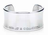 asiatisches jadearmband großhandel-Qualitäts-Promientwurf 925 Tafelsilber-Silber-Kettenarmband Frauen-Buchstabe-Klee-breite Armband-Schmucksachen mit Staubbeutel Kasten