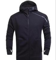 abrigos z al por mayor-Marca de primavera y otoño chaqueta deportiva con capucha de los hombres de los hombres ocasionales Thin Windbreaker Zipper sportwear moda Z N E con capucha abrigos