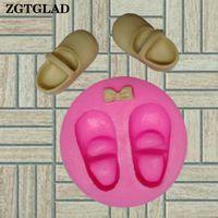 fondan ayakkabı kalıpları toptan satış-ZGTGLAD 1 adet Silikon 3D Sevimli Bebek Ayakkabıları Yay Kek Kalıpları Mutfak Kek DIY Dekorasyon Fondan Çikolata Şeker Kalıp