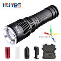 led-linse cree großhandel-Ultra helle CREE XM-L T6 / L2 LED-Taschenlampe 5 Modi 8000Lumens dicke Linsen Zoomable LED Torch 26650 Akku + Ladegerät + Geschenk