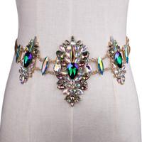 bling taillengürtel großhandel-Neue Metallkettengürtel Frauen Diamante Kristallkettengürtel voller Rhinestone-Braut breites Bling weiblicher Kristallgürtel-Zusätze