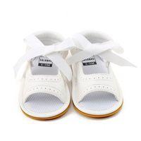 ingrosso le ragazze merlettano sandali-Delebao 2018 Nuovo stile Baby Girl Shoes Bianco PU Leather Dot Lace Lace-up Suola in gomma Neonato Sandali all'ingrosso