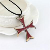 ожерелья для ассасинов оптовых-Assassins Creed 3 Сплав Templar Ожерелье Кожа Цепи Красный Крест Ожерелье Для Женщин Мужчин Ювелирные Изделия Классные Аксессуары