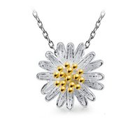 collar colgante de girasol al por mayor-Accesorios Joyas Pequeñas Daisy Flower Colgantes Collares para Mujeres Silver Color Sunflower Chain Necklace Best Friend Gifts