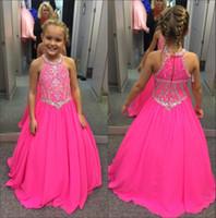 kızlar yular top elbiseleri toptan satış-Halter Şifon kızın Pageant elbise 2018 Fuşya Taşlar Boncuklu En Kat Uzunluk Prenses Doğum Günü Partisi Kızların Elbiseler BA7601