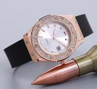 ingrosso abito bianco per le donne-reloj Montre bracelet Nuovo marchio Luxury diamond orologi black white ladies Dress designer women orologio data day black rubber rose gold clock