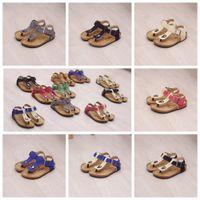 ayakkabı sandles toptan satış-Çocuklar Yaz Mantar Sandles Parmak arası Terlik Sandalet Plaj Antiskid Terlik Çocuklar Ayakkabı PU Parmak arası Terlik Rahat Serin Sandalias 10 renkler AAA494