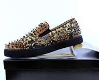 zapato de calle hombre pico al por mayor-2018 hombres remache pisos Slip-on Sneakers Italia Street Shoes hombres impresión Spike Shoes Runway Chaussures Hommes