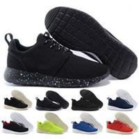 chaussures décontractées de haute qualité achat en gros de-Nike Roshe Run Nouveaux hommes femmes chaussures dévoile nouveau Triple S Casual chaussures homme femme botte Sneaker haute qualité couleurs mélangées talon épais Grandpa formateur