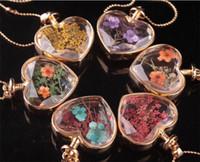 murano lampwork colar de pingente de vidro venda por atacado-Forma do coração de murano lampwork pingentes de vidro aromaterapia pingente colares jóias flores secas frasco de perfume frasco pingentes colar J093