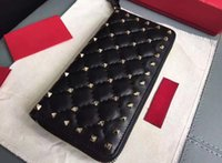 Wholesale Spiked Vintage - AAAAA Women Long Wallet Rockstud Spike Wallets Zip Closure Internal 12 Card Slots Platinum-finish studs with Box Dust Bag Free Shipping