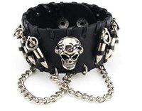 Wholesale 2018 Halloween day s gift charm men s nail bracelet European and American vintage punk jewelry calfskin bracelet bullet skull bangle younger