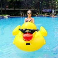 tierschwimmen ringe großhandel-Aufblasbare riesige Gummiente-schwimmende Reihen-Fahrt auf Tier spielt Pool-Spielzeug-Erwachsen-Sommer-Säuglingsschwimmen-Ring im Freien Schwimmen-Bett 102hmy Y