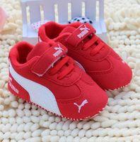 neugeborenen großhandel-Neugeborenes Baby Jungen Kinder Schuhe Krippe Bebe Säugling Kleinkind Klassische Mode Metallschnalle Erste Wanderer Müßiggänger Prewalkers