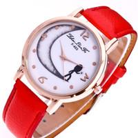 genebra relógio mulheres vermelho venda por atacado-Genebra Crescent Moon Pattern Liga Digital Dial pulseira de couro vermelho Esporte Moda Masculina Relógio de Quartzo 2018 Mulheres Relógios Relógio N446