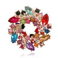 cristal de bauhinia al por mayor-venta al por mayor 5 colores de estilo coreano de lujo con incrustaciones de diamantes de flores bauhinia crystal pin broches de boda broches para las mujeres