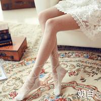 meias de bolinhas brancas pretas venda por atacado-Polka dot Meia-calça meias de seda fino 2018 novo koreano japonês kawaii lolita branco preto transparente mulheres calças justas coreano
