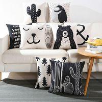 desenho de pinguim preto venda por atacado-Preto nórdico capa de almofada dos desenhos animados urso cojines citação cactus sofá sofá lance travesseiro caso penguin