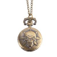 montres couleur cool achat en gros de-Montre De Poche Vintage Couleur Bronze Montre À Quartz Cool Chain Skull Pattern Watches @ 88