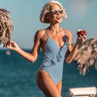 mädchen rot einteilige badeanzüge großhandel-Einteiliger Badeanzug Frauen Rüschen V-Ausschnitt Monokini 2019 Neue Mädchen Strand Badeanzug Bademode Kreuz Zurück Blau Rot Gestreiften Drucken