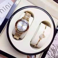 precios mujer reloj al por mayor-Venta caliente de lujo relojes de las mujeres de oro rosa rombo Dial acero pulsera de cadena vestido reloj de señora relojes de pulsera de cuarzo Nobel mujer precio al por mayor