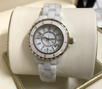 relógios de senhora venda por atacado-relógio de diamante Senhora Branco Preto Relógios De Cerâmica Relógios De Pulso Para Mulheres Moda Requintada Mulheres Relógios