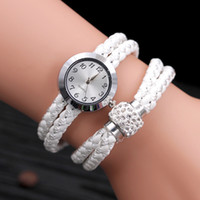 Wholesale braids and twists for sale - Group buy Twist braided round winding watch lady dot drill magnet buckle lady watch European and American Wind fashion watch Wristwatches
