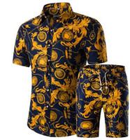 jersey de talla grande al por mayor-Hombres Camisas + Pantalones Cortos Conjunto Nuevo Verano Casual Impreso Camisa Hawaiana Homme Corto Hombre Conjuntos de Impresión Más Tamaño