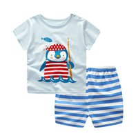 erkek karikatür iç çamaşırı toptan satış-Yenidoğan bebek erkek giyim setleri bebek kız giysileri karikatür uçak Mavi balina Kısa kollu bebek pamuklu iç çamaşırı (2 adet / takım)