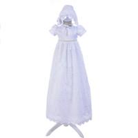 ae49cf35e5f Nouveau 2018 Vintage enfant en bas âge bébé fille robe de baptême 1er  anniversaire parti blanc extra long baptême nouveau-né robe en dentelle de  mariage