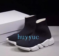 Wholesale new cloth woman online - Name Brand High Quality Unisex Casual Shoes Flat Fashion Socks Boots Woman New Slip on Elastic Cloth Speed Trainer Runner Man Shoes Outdoors