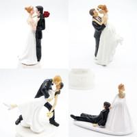 bonecas do casamento do noivo da noiva venda por atacado-Originalidade Mesa Centros de Casamento Decorações Cerimônia Bolo Ornamento Do Noivo Casal Noiva Estatueta Resina Boneca Presente Do Dia Dos Namorados 15zh bb