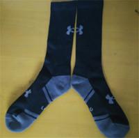 Wholesale Famous Brands Socks - Knee High Men Socks Under Towel Knit Cotton Socks Armor Sports Low Stockings Famous Brand Mens Sock Running Skateboard Socks Free Ship