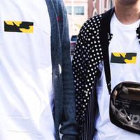 camisas regulares para mulheres venda por atacado-17AW Brooklyn Box Logo Tee Cor Branca Limitada Camuflagem de Manga Curta T-shirt Das Mulheres Dos Homens Casal Moda skate HFLSTX024