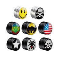 piercings en los oídos de los hombres al por mayor-Pendiente imán de acero Titanium Ear Clip para hombre Mujer sin piercings 8 mm Sonrisa punky Flag Spider Creative Earring