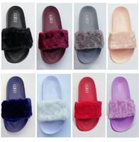gri sandaletler toptan satış-Leadcat Fenty Rihanna Faux Kürk Terlik Kadın Kızlar Sandalet Moda Scuffs Siyah Pembe Kırmızı Gri Mavi Slaytlar Ile Yüksek Kalite Kutusu