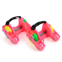 обувь для коньков оптовых-1 Pair Children Roller Shoes Skates 4 Fire Wheels Small Motor Flash Shoes Roller Portable For Kids Boy and Girl