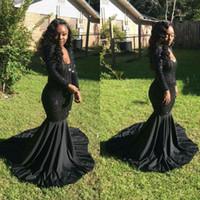 siyah uzun kollu şifon elbisesi toptan satış-Mütevazı Afrika Sparkly Sequins Uzun Kollu Gelinlik Modelleri 2018 Scoop Boyun Uzun Illusion Şifon Siyah Kız Mermaid Abiye Parti törenlerinde