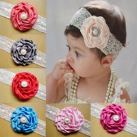 ingrosso archi per i neonati-2018 Infant Flower Pearl Headbands Girl Lace Headwear Bambini Baby Photography Puntelli NewBorn Bow Accessori per capelli Fascia per capelli Baby