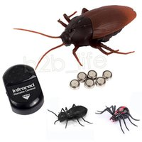 Wholesale toys ants - Infrared Ants   Cockroaches   Spiders Remote Control Mock Fake Animal Trick Kids Gift Remote Control Animal Toy DDA613