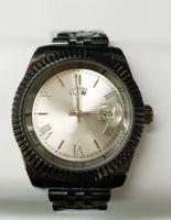 спортивные наручные часы черный оптовых-Роскошные мода черный белый ремешок смотреть мужчины кварцевые часы повседневная мужчины Спорт Бизнес наручные мужские часы, relogio masculino