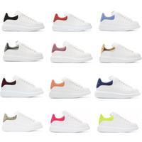 pisos para mujer al por mayor-Los mejores zapatos de diseño de lujo para mujer Entrenadores para hombre Zapatos de plataforma de cuero blanco Planos Casual Fiesta Zapatos de boda Gamuza Zapatillas deportivas