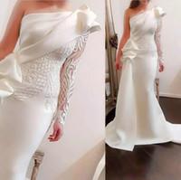 bir omuz beyaz seksi elbiseler toptan satış-Resmi Saf Beyaz Saten Mermaid Abiye Parti Tek Omuz Dantel Aplikler Özel Durum Törenlerinde Seksi Balo Elbise Giymek