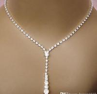 ingrosso bling collane di nozze-2018 Bling Crystal Bridal Jewelry Set placcato argento collana orecchini di diamanti Set di gioielli da sposa per la sposa Damigelle Accessori da donna