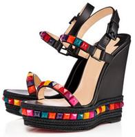 ingrosso scarpe da piattaforme nere-Scarpe da donna economici Rivetto con borchie Fondo rosso Cataclou Sandali gladiatore Sandali con plateau e plateau