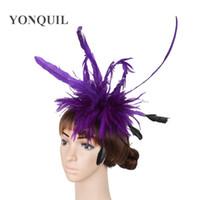 color de pelo marfil al por mayor-Múltiples colores pluma fascinator sombreros marfil mujeres boda accesorios para el cabello Ocasión tocado púrpura trajes de fiesta traje para toda la temporada SYF41