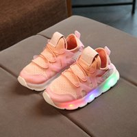 Wholesale girls european shoes - 2018  European fashion boys girls shoes high quality LED lighted kids shoes glowing cool children sneakers cute baby shoes
